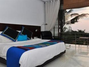 360° Beach Retreat North Goa - Luxury Room
