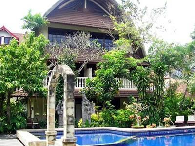 Hotell Mastapa Garden Hotel
