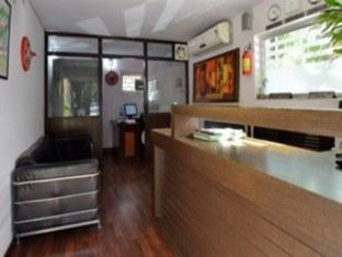 Chalet Hotel New Delhi and NCR - Reception