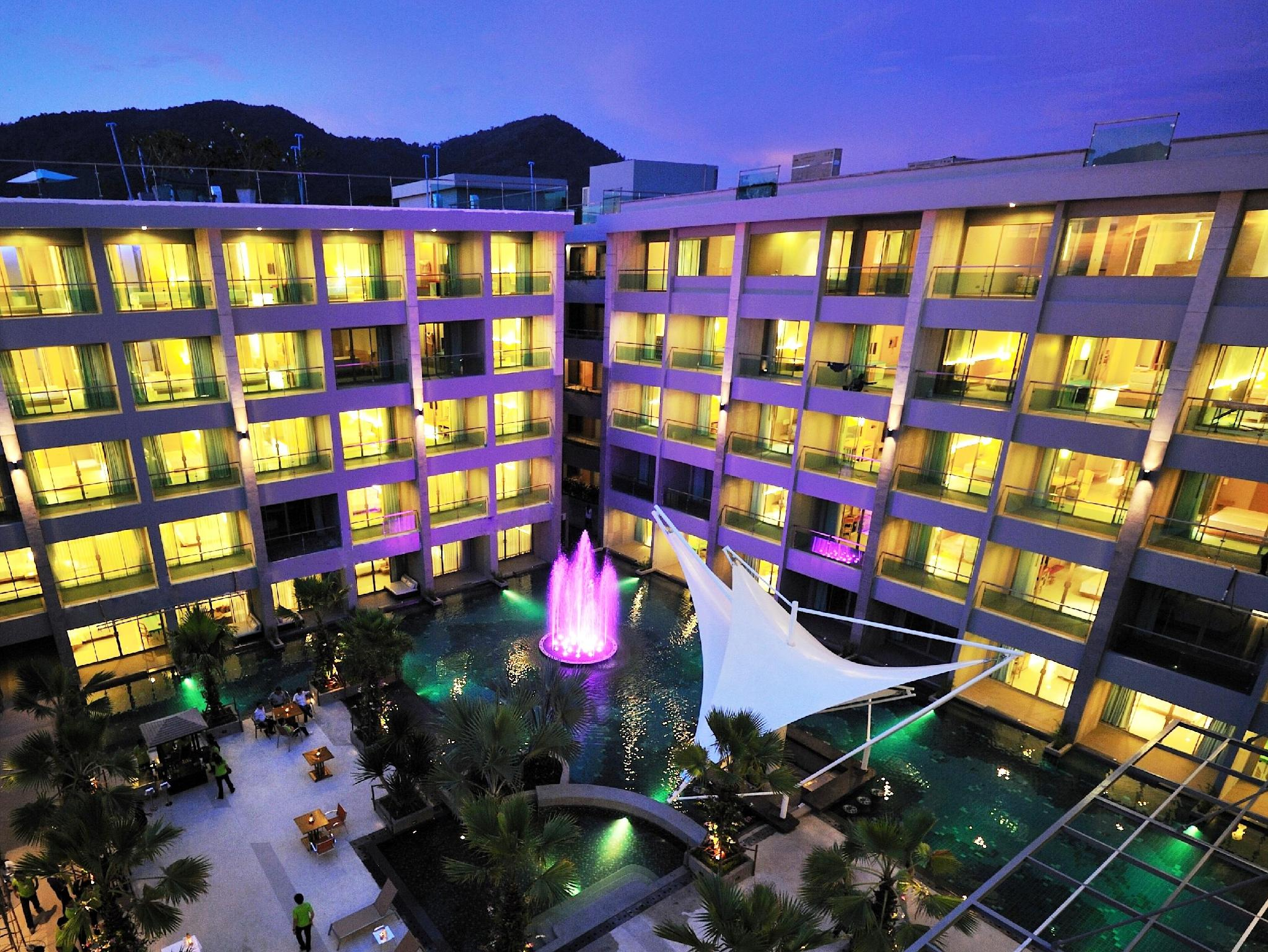 The Kee Resort & Spa Phuket - Hotellet från utsidan