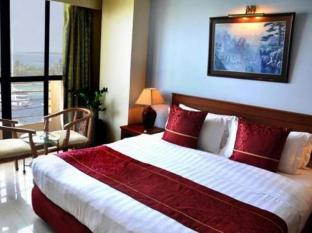 Hotel Relax Inn Male City and Airport - Deluxe Room
