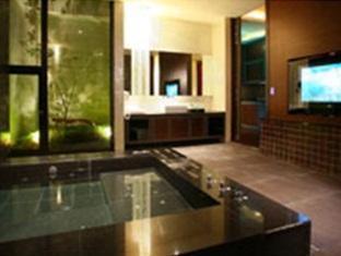 La Villa Motel Tainan - More photos