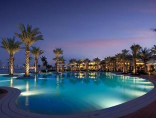 Kempinski Hotel & Residences Palm Jumeirah Dubaija - Peldbaseins