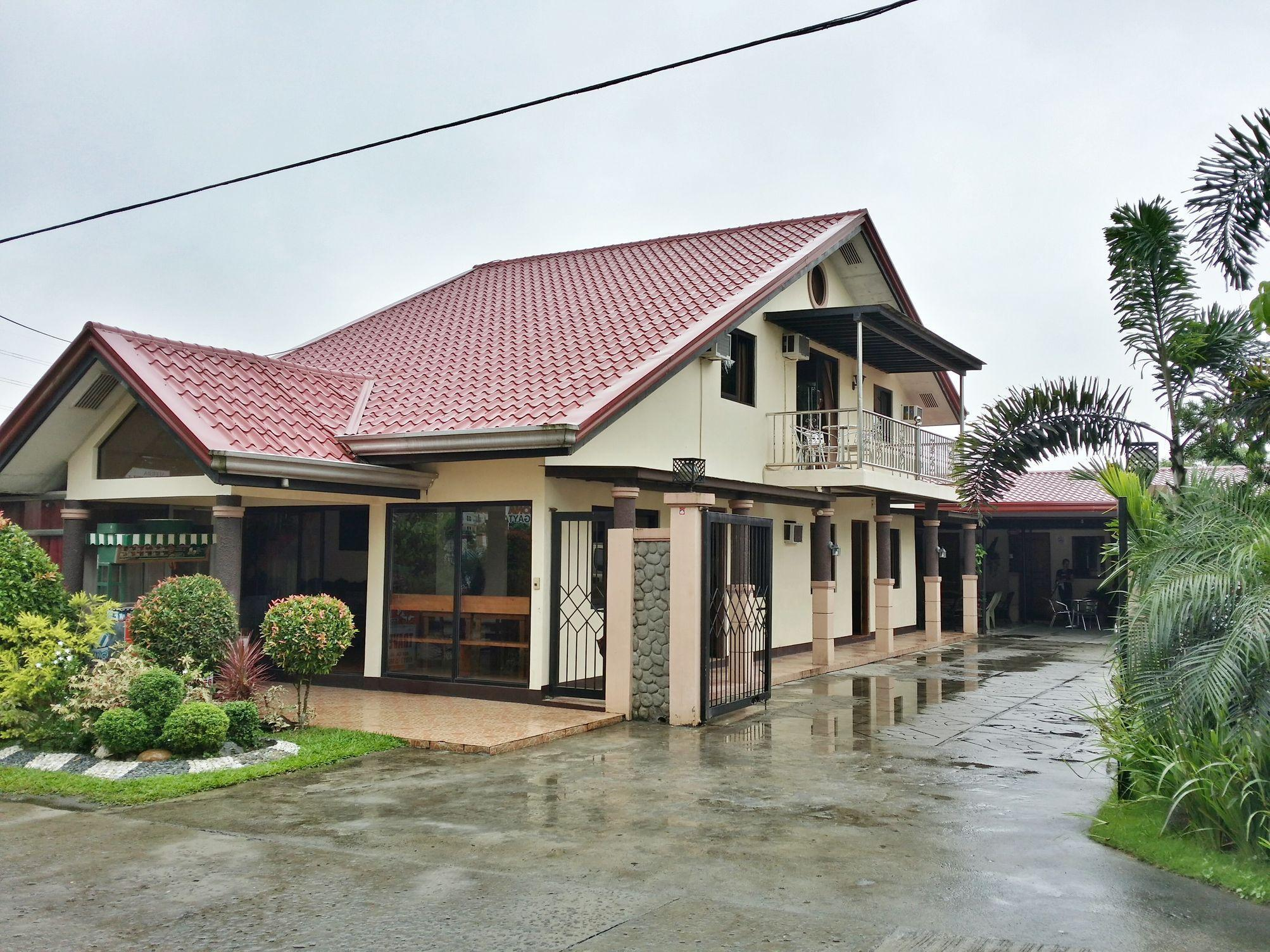 Sierra Traveller's Inn Holy Spirit - Hotels and Accommodation in Philippines, Asia