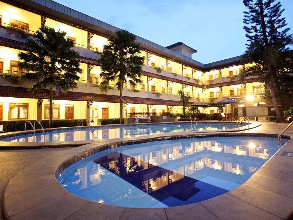 Cakra Kembang Hotel - Hotels and Accommodation in Indonesia, Asia