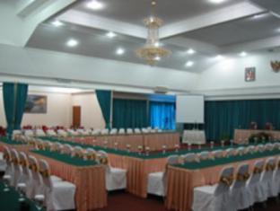 Puri Khatulistiwa Hotel Bandung - Meeting Room