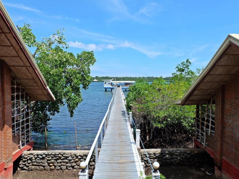 Marina de Bay Hotel Puerto Princesa City
