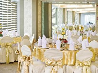 St Giles Makati - St Giles Classic Hotel Manila - Ballroom