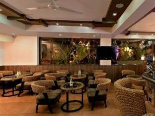 Sandalwood Hotel & Retreat North Goa - Food, drink and entertainment