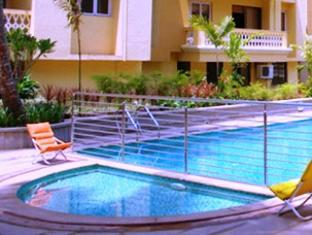 Sandalwood Hotel & Retreat Северный Гоа - Бассейн
