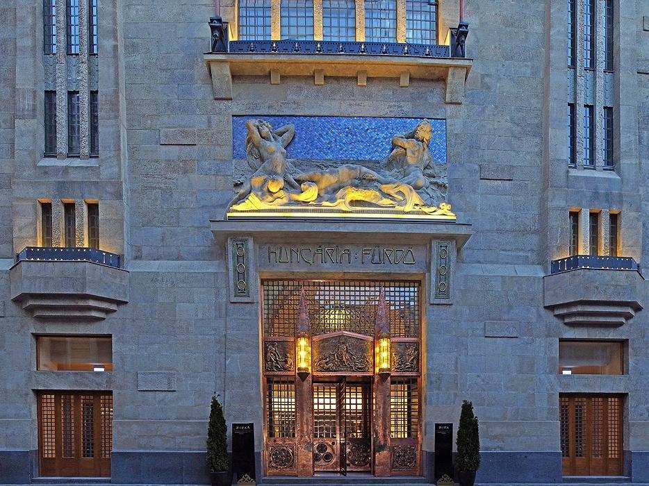 Continental Hotel Zara Budapest - Hotel Facade