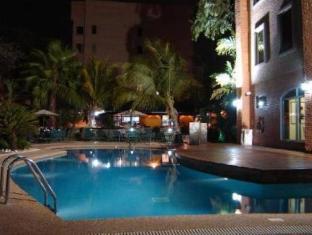 Eurobuilding Express Maiquetia Hotel Caracas - Swimming Pool