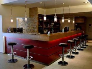 Ramada And Suite Vienna Hotel Vienna - Pub/Lounge