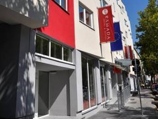 Ramada And Suite Vienna Hotel Vienna - Exterior