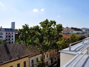 Ramada And Suite Vienna Hotel Vienna - View