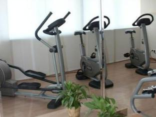 Ramada And Suite Vienna Hotel Vienna - Fitness Room