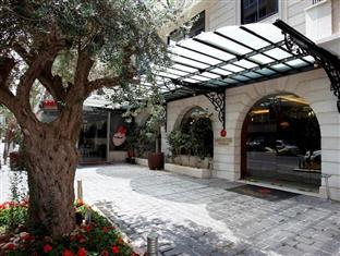 Lancaster Raouche Hotel - Hotels and Accommodation in Lebanon, Middle East