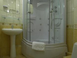 Vostok Hotel Moscow - Bathroom