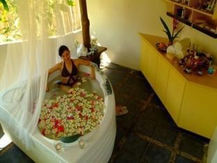 Crystal Paradise Resort - More photos