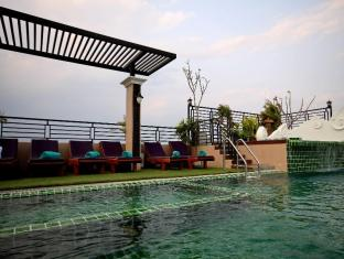 Chalelarn Hotel Hua Hin / Cha-am - Swimming Pool