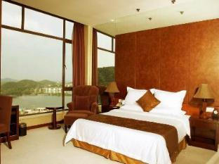 East International Hotel - Room type photo