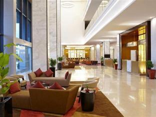 Four Points By Sheraton Kuching Hotel קוצ'ינג - לובי