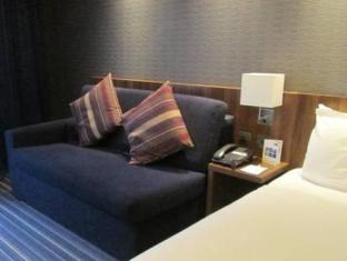 Holiday Inn Express Manchester Cc Oxford Road Manchester - Suite Room