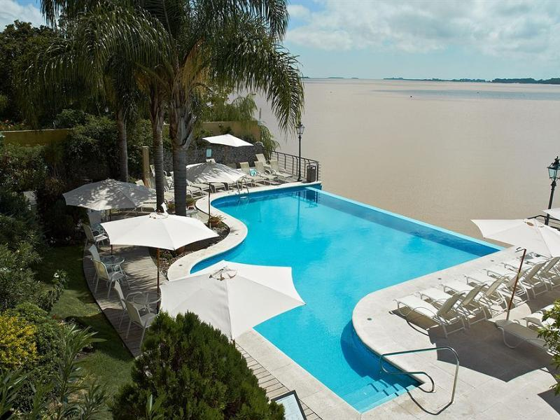 Radisson Hotel Colonia del Sacramento - Hotels and Accommodation in Uruguay, South America