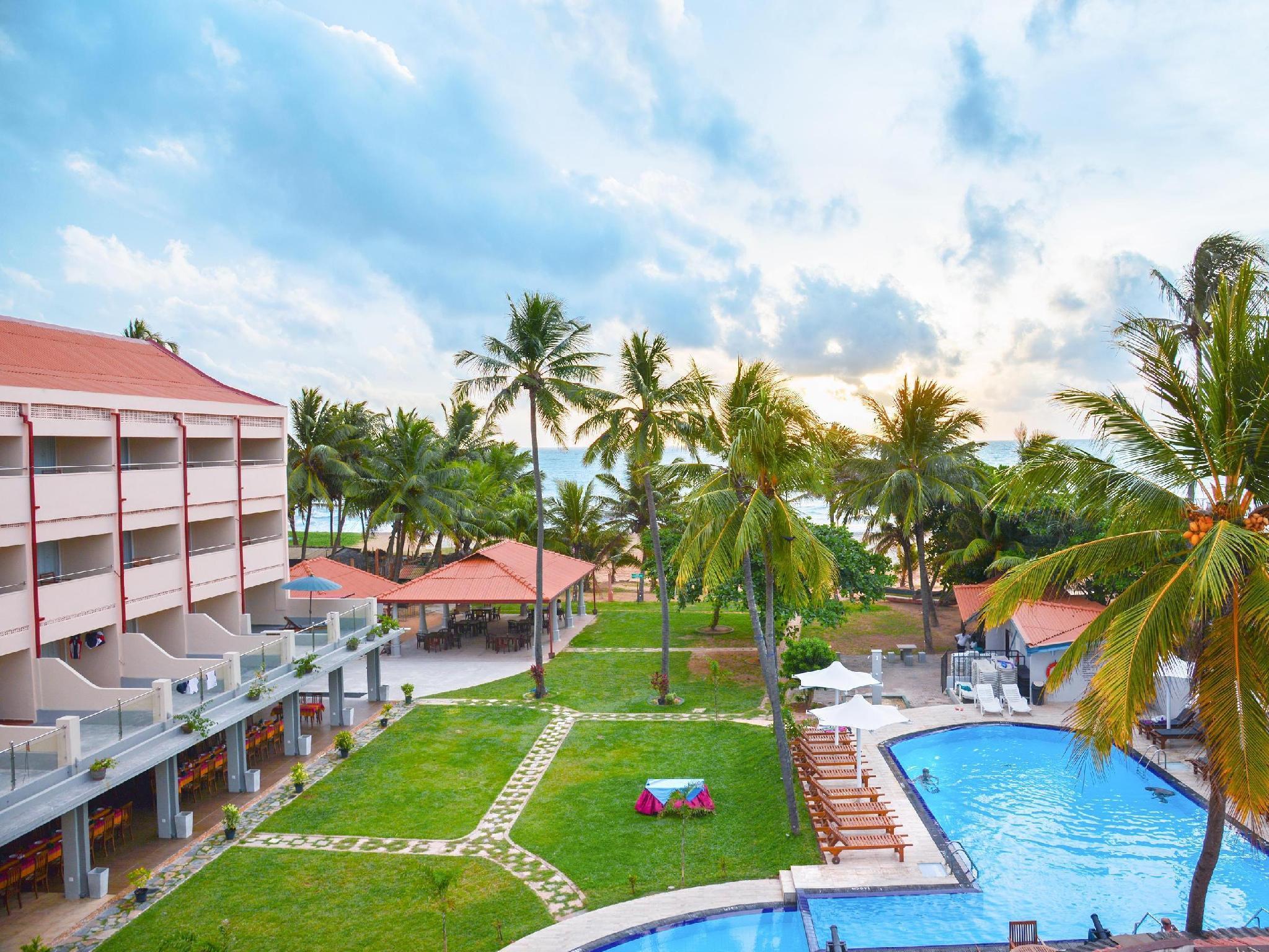 Hotel Reviews of Paradise Beach Hotel Negombo Sri Lanka