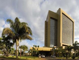 Rainbow Towers Hotel & Conference Centre Photo