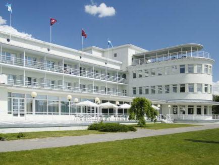 Rannahotell פרנו - בית המלון מבחוץ