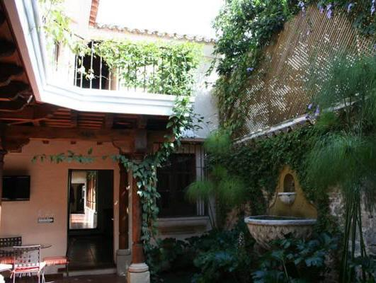 Hotel Lo de Bernal - Hotels and Accommodation in Guatemala, Central America And Caribbean