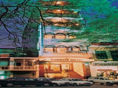 Hotell Sunrise Hotel - 24 Quan Su