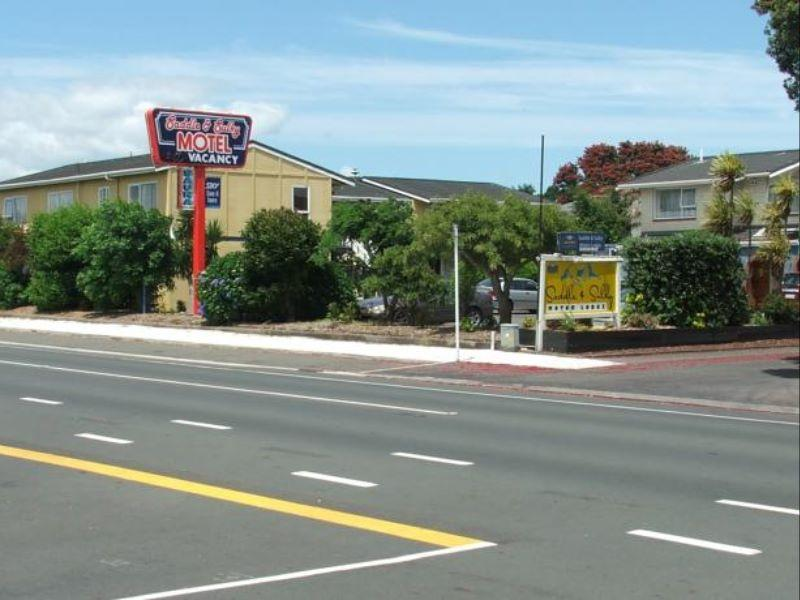 ASURE Saddle and Sulky Motor Lodge - Hotels and Accommodation in New Zealand, Pacific Ocean And Australia