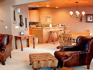 Evergreen Townhomes By Resortquest