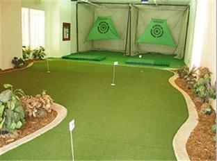 Glengrove at Maple Leaf Hotel Toronto (ON) - Golfbana