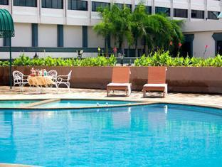 La Paloma Hotel Phitsanulok - Swimming Pool