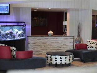Ramada Plaza Crystal Palace Hotel Dieppe (NB) - Lobby