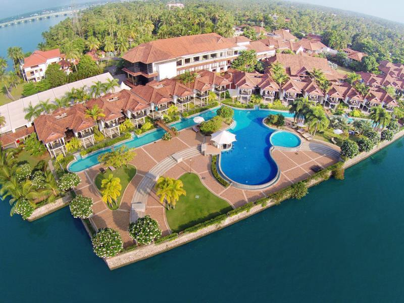 Ramada Resort Cochin - Hotell och Boende i Indien i Kochi / Cochin