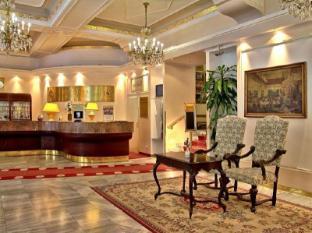 TOP Hotel Ambassador Zlata Husa Prague - Interior