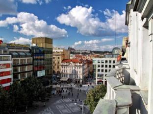 TOP Hotel Ambassador Zlata Husa Prague - View