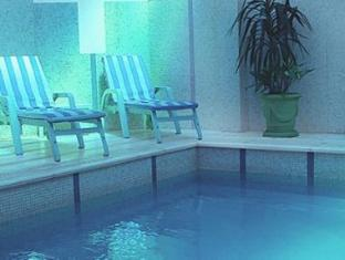 Hotel Lafayette Montevideo - Swimming Pool
