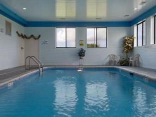 Super 8 DeKalb IL Hotel DeKalb (IL) - Swimming Pool