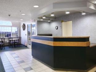 Super 8 Fargo Airport Hotel Fargo (ND) - Reception