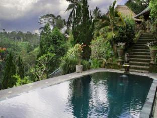 foto1penginapan-Tanah_Merah_Resort_-and-_Gallery