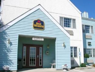 Best Western Cozy House & Suites Williamsburg (IA) - Exterior