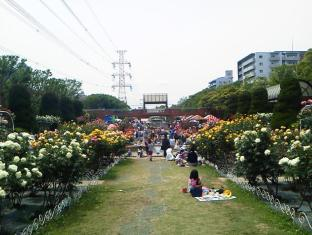 Family Resort Fifty's For Maihama Tokyo - Flower Garden near the hotel