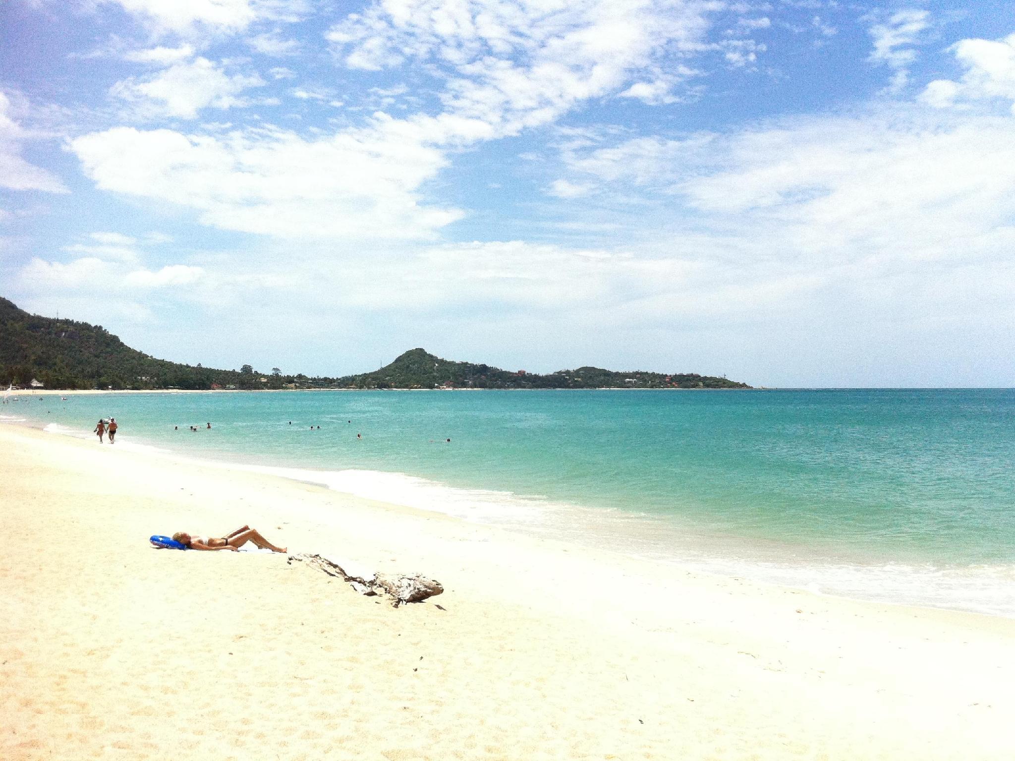 Rich Resort Beachside Hotel Samui - Best location on Lamai Beach
