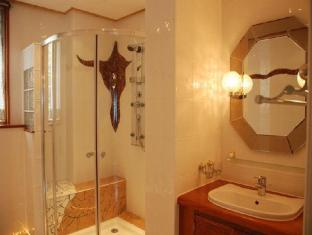 Princess of Coron Coron - Bathroom