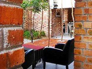 Seapark Brickhouse Homestay - More photos